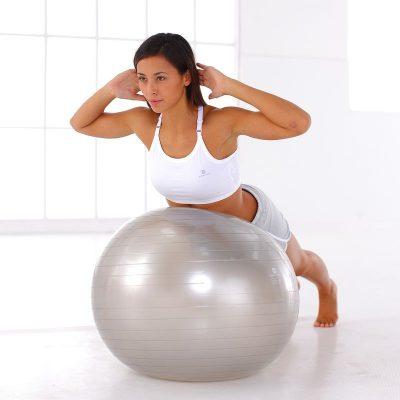 Мячи и массажные коврики